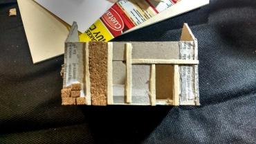 Diferentes texturas en la fachada de una casa